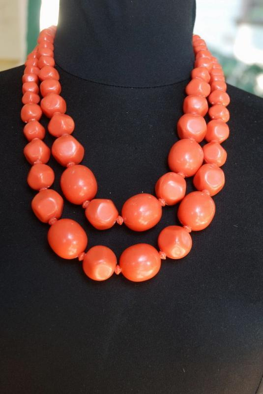 Vintage Chunky Coral Necklace   Acrylic? Plastic