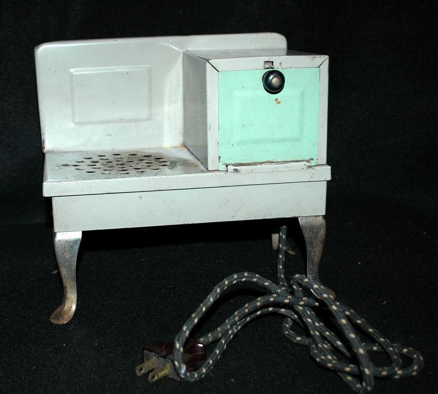 Salesman Sample Electric Stove or Toy Stove 1920's