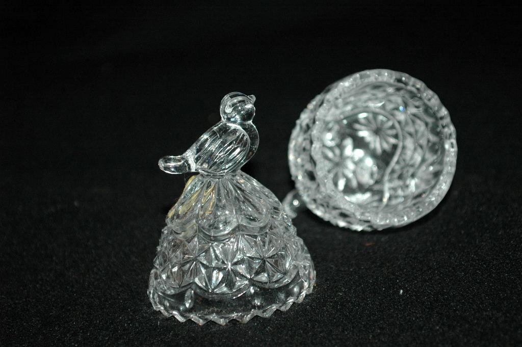 RARE Hofbauer Byrdes Crystal Egg with Bird Finial, German