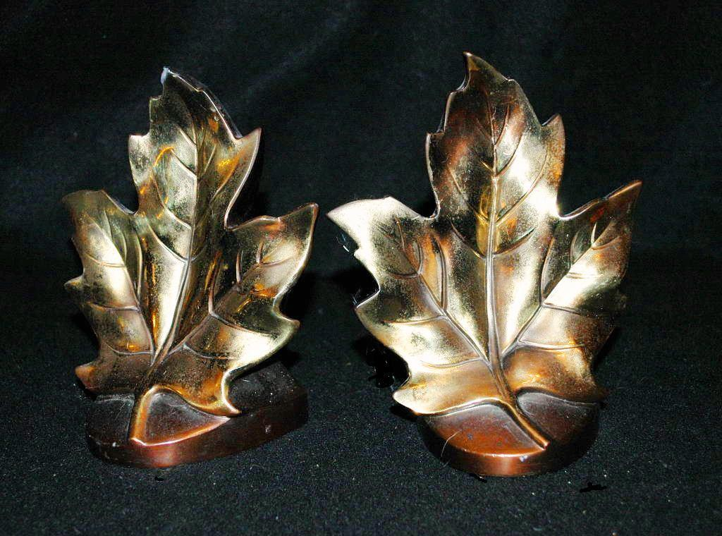 Spelter  Metal  Bookends Maple Leaves PMC 99B