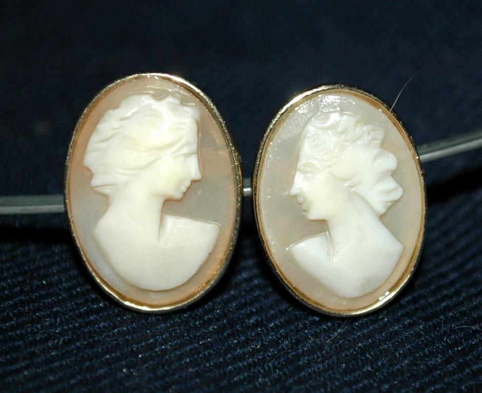 Large 14K Gold Carved Shell Cameo Earrings