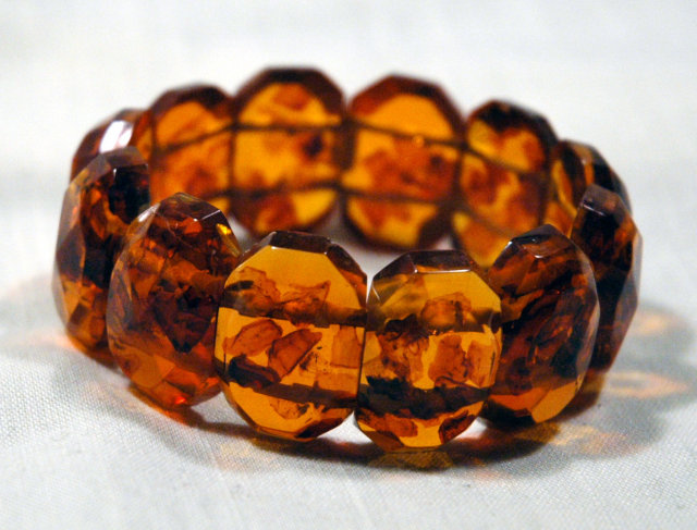 Big Chunky-Faceted  Amber Links Bracelet