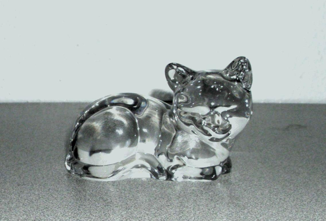 Vintage Princess house Pet cat Kitten Lead Crystal Figurine Paper Weight Germany.