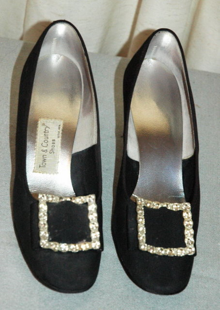 Town & County Black Satin & Jewels  Shoes 8.5