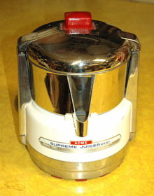 Vint. Acme JUICERator Powerful Juice extractor