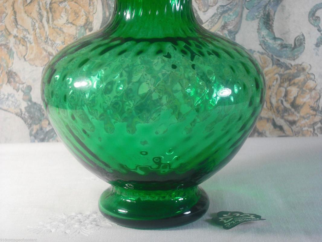 Arte Murano Kristall Mery Lavorazione Green Glass Vase with Crimped White Ruffle Rim