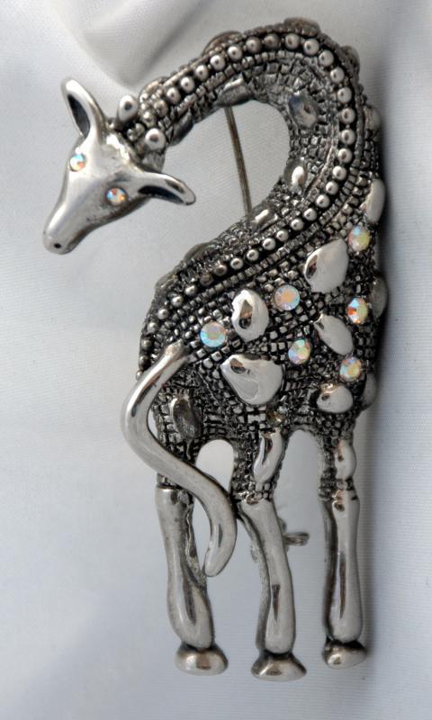 Silver &b AB  Rhinestone Silver  Giraffe Pin Brooch