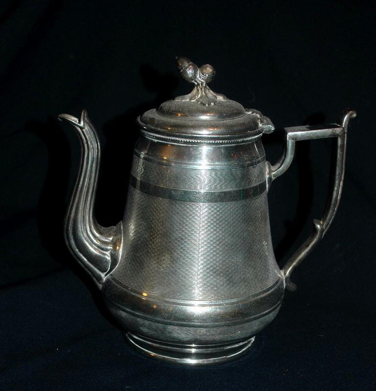ANTIQUE MERIDEN B  & COMPANY SILVER PLATE TEA POT TEAPOT OR COFFEE SERVER  #615