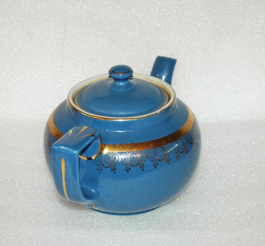Hall Teapot Blue with Gold Trim