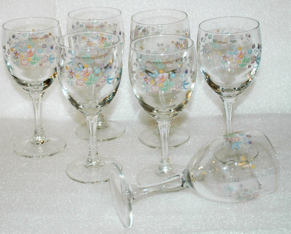 Luminarc Hand Painted Spring Flowers on Stemware Wine Glasses x 7