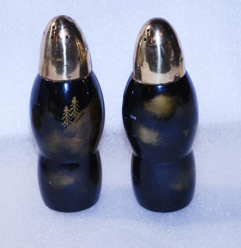 Vintage Chinese Black with gold / Green Shimmering paint lacqure salt pepper shakers