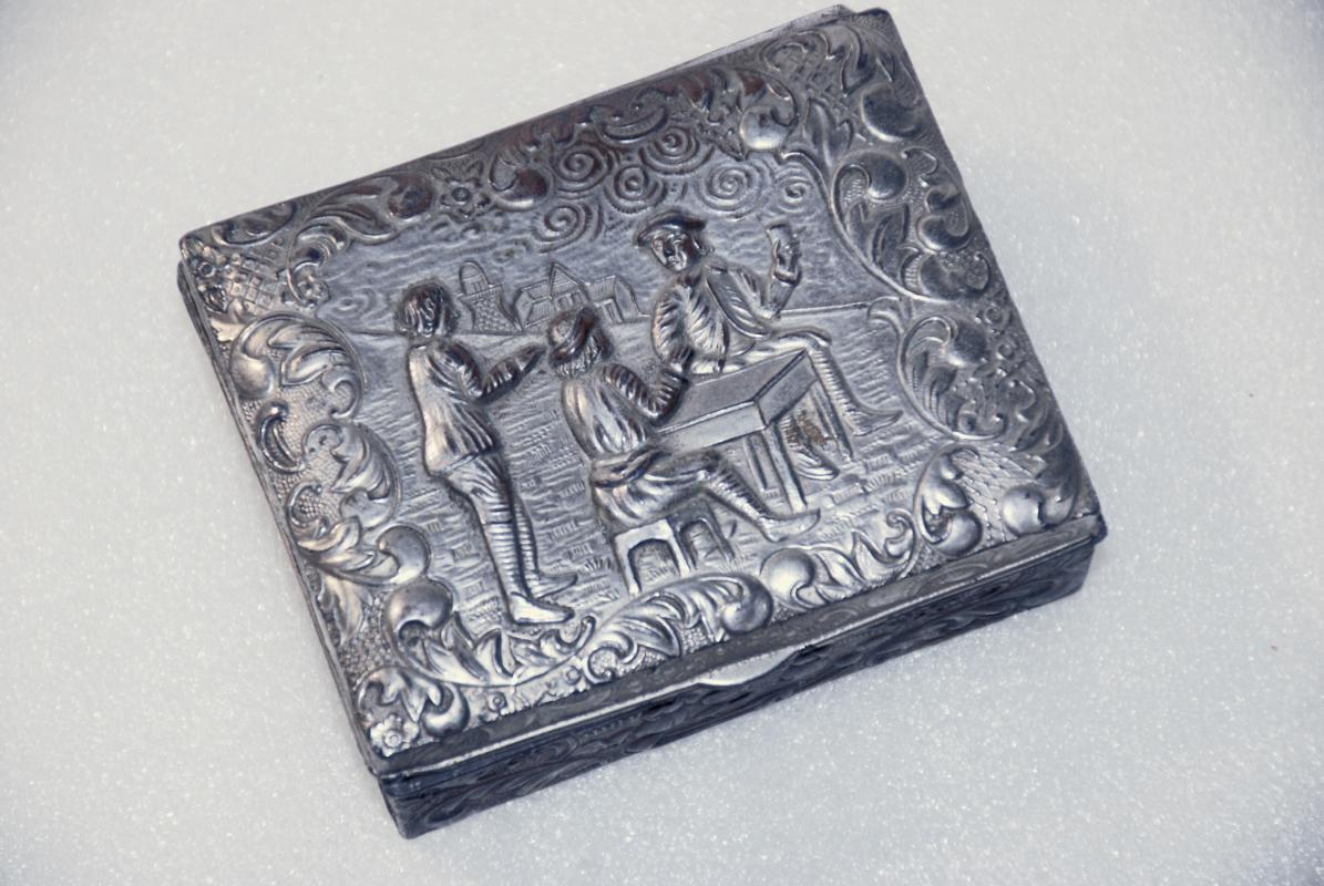 Silver plate Cigarette or Trinket Box, made in Japan with Victorian Scene