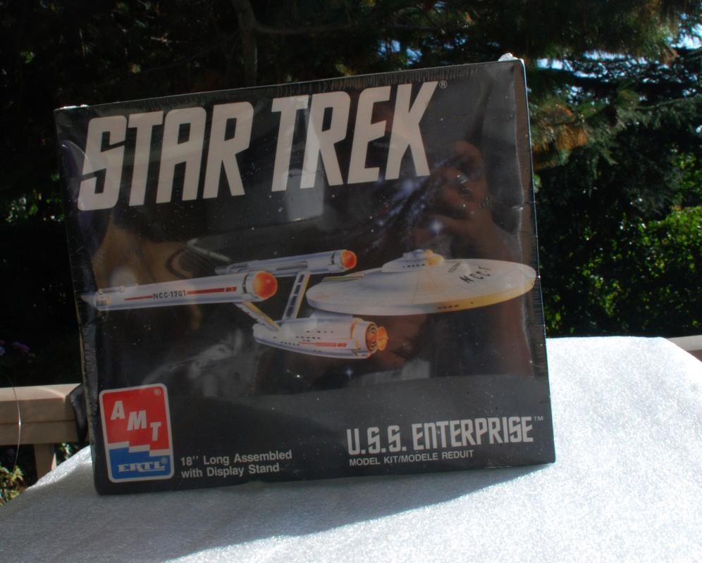 Vintage Star Trek USS Enterprise AMT Model by Ertl  Brand New and Sealed in Box made in Mexico