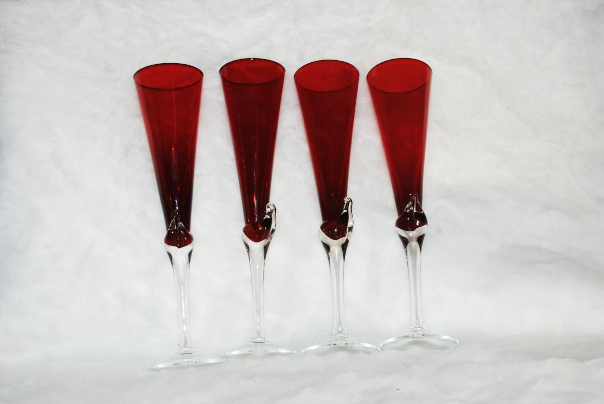 4 Tall Red & Crystal Clear Champagne Flutes , Hand Blown Glass  Elegant