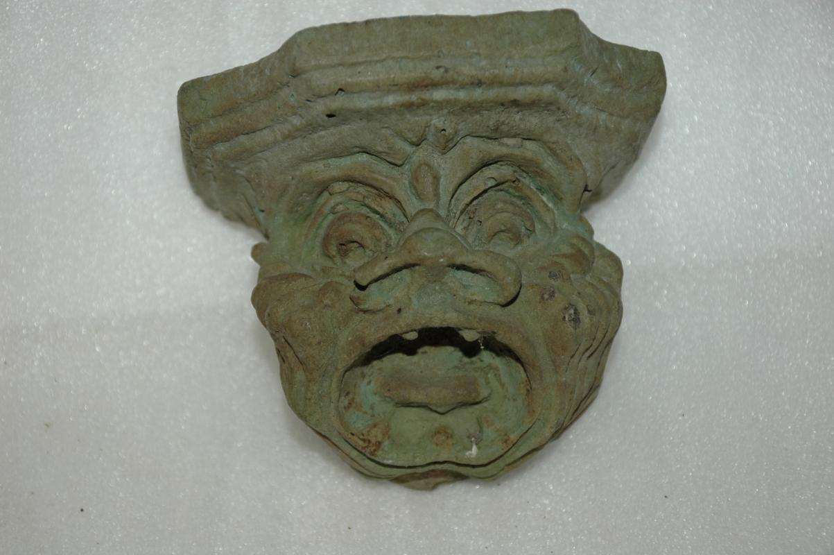 Gargoyle Face Creature Wall Shelf
