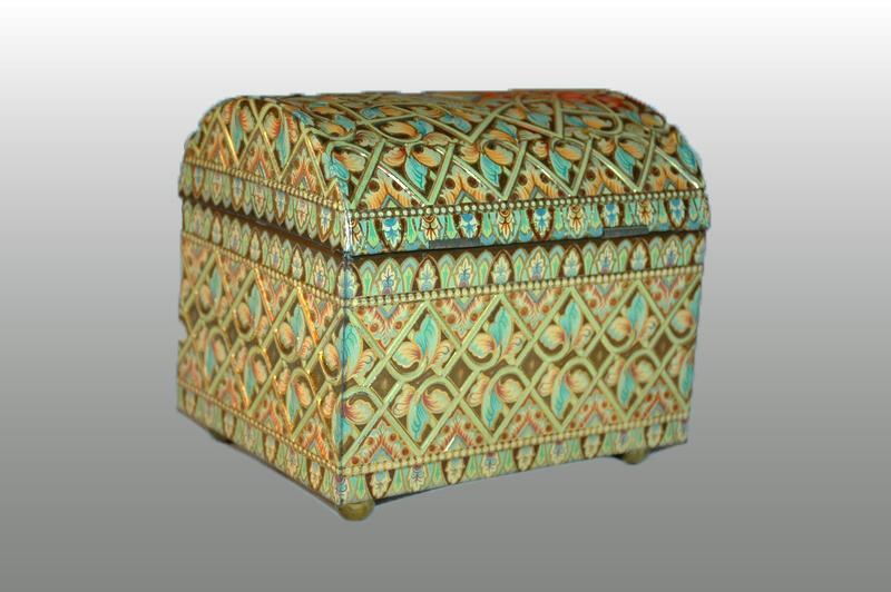 BARET WARE ENGLAND TIN Treasure Chest   VINTAGE EMBOSSED Trinket box or Tea Tin