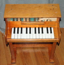 Vintage Toy Upright Piano - Casspinette