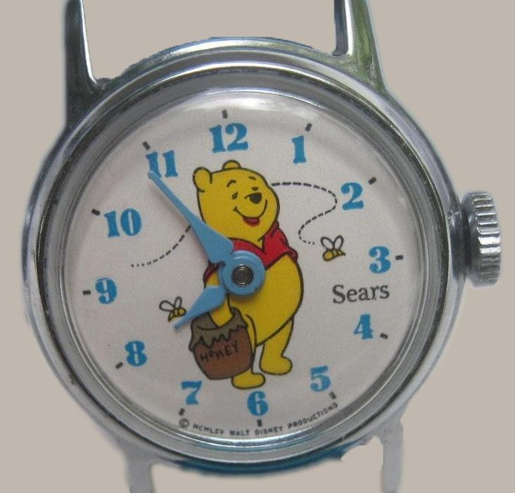 RARE ! VINTAGE WINNIE THE POOH CHILD'S WATCH SOLD BY SEARS, manual auto wind