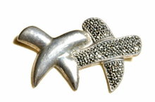 Double X 's Dos Equis Sterling Maracite Pin