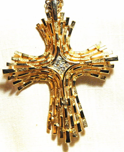 Large Gold Tone  Stylized Cross Crucifix Pendant with Cluster of White Rhinestones in Center