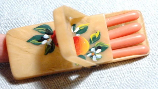 Little Vintage  Souvenir  Travel Manicure Set in Celluloid Box , Tampa Florida