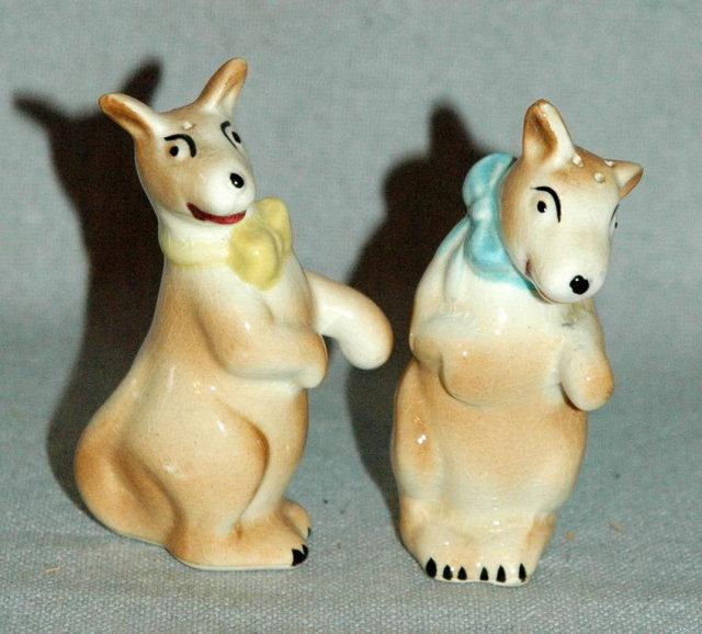 Hugging Kangaroo Salt and Pepper Shakers -vintage