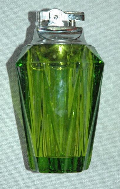 RETRO Heavy Peridot / Green Olive colored Glass Cigarett Lighter