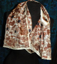 100 %  Silk Scarf  Made in Italy  handrolled hem 36