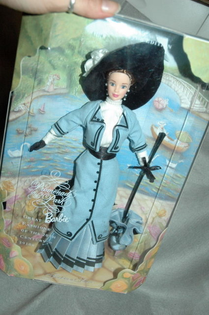 Collector Edition Barbie 1910 Promenade