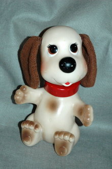 Ideal Toy Floppy Earred  Dog with Turning Head
