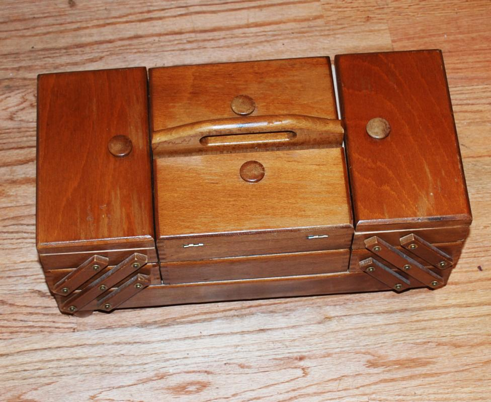 Large VINTAGE FOLD OUT ACCORDION WOOD SEWING BOX