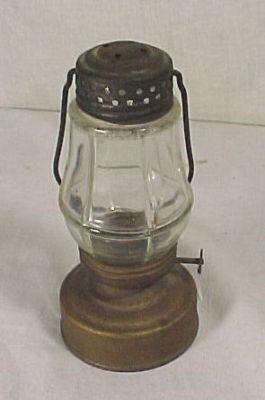 ANTIQUE PERKO WONDER JUNIORS TIN GLASS KEROSENE ICE SKATERS SKATING LAMP LANTERN