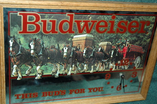 BUDWEISER BEER BAR CLYDESDALE MIRROR CLOCK