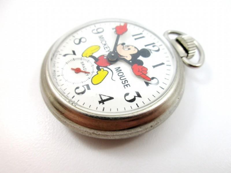 Disney Bradley Mickey Mouse   Collectible Pocket Watch.