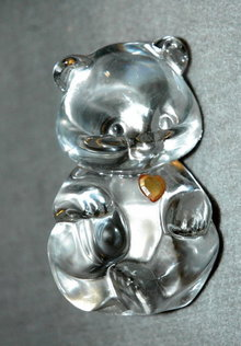 Crystal Glass Bear with Amber Heart  Fenton