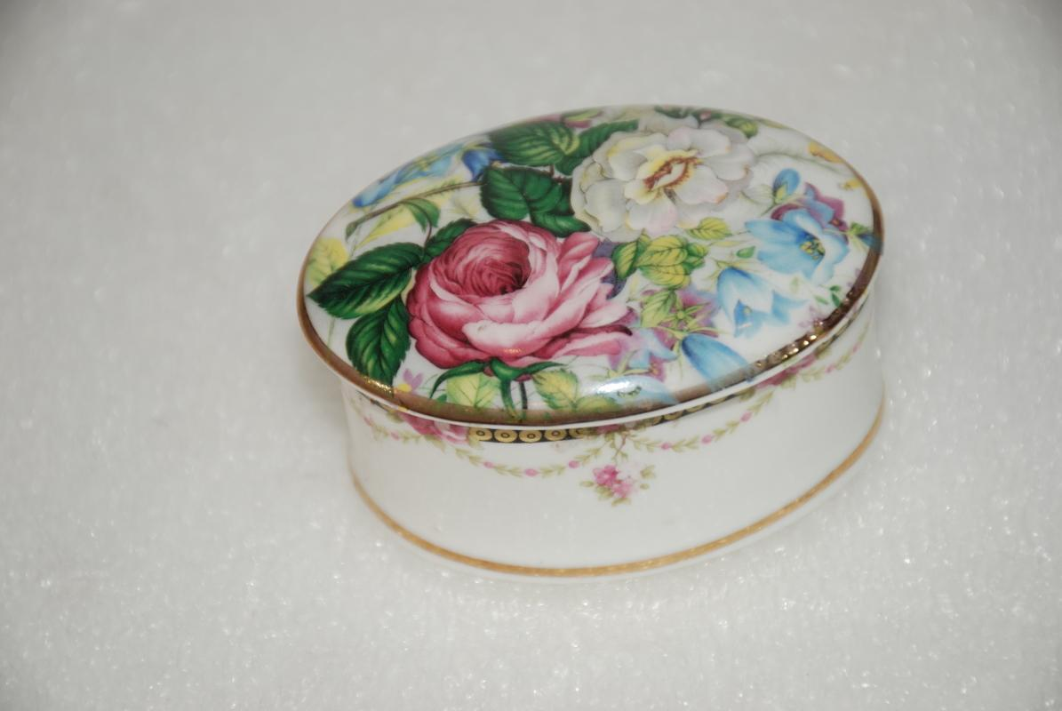 Summer Memories Trinket Box by Crownford Giftware Roses