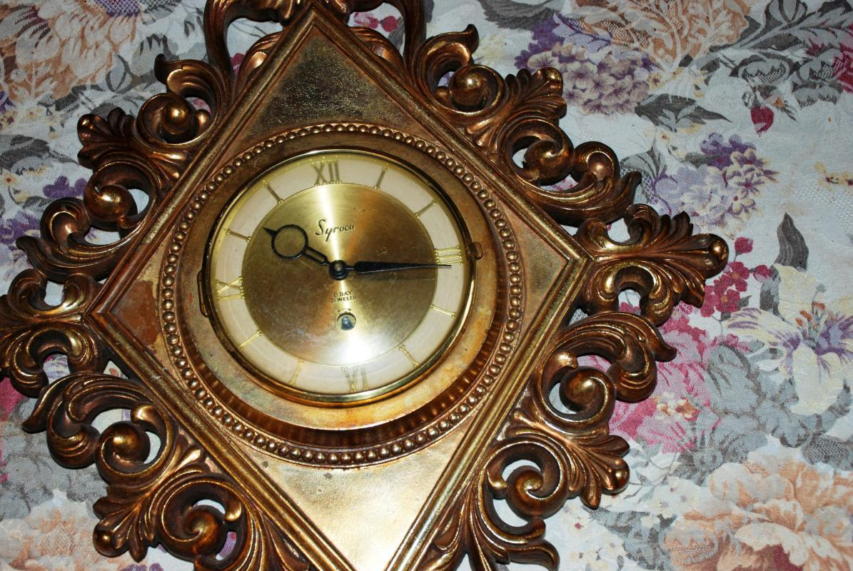 Syroco Wood 8 day Wall Clock, Vintage Retro  Gold Diamond Shape with Key