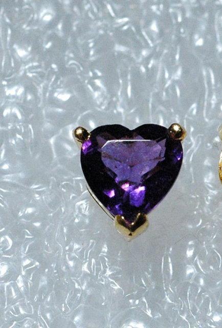 18k  Gold & Violet Iolite Heart Earrings
