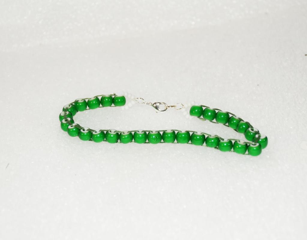 African Trade Bead Green White Heart Beaded Bracelet, hand crafted