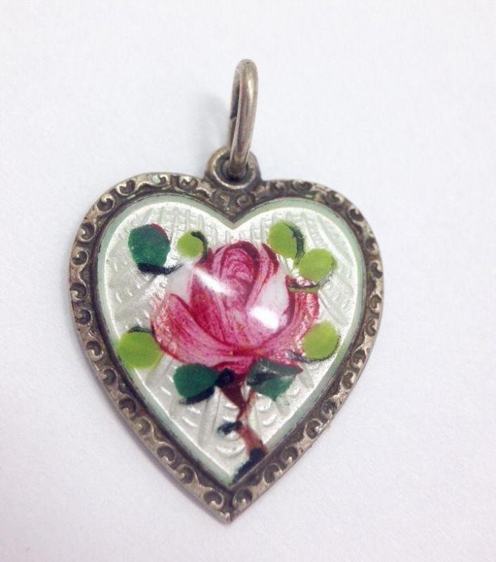DAVID ANDERSEN WILLY WINNAESS STERLING SILVER GUILLOCHE ROSE ENAMEL HEART Necklace Sterling Chain