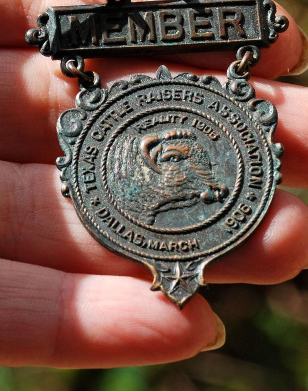 RARE DALLAS MARCH 1906 MEMBER TEXAS CATTLE RAISERS ASSOCIATION CONVENTION BADGE