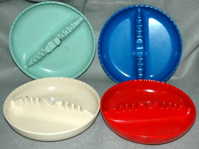 4 Retro Plastic Stacking Multi Color Ashtrays