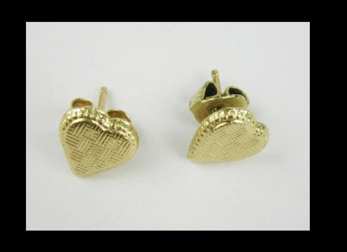 14k Gold  Heart Earrings  with Etched Design .4 grams