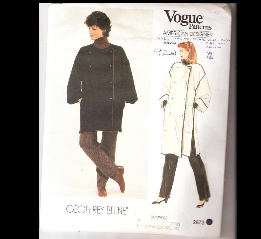 Vogue  Geoffrey Beene  Pattern Misses    Coat sz small  Uncut 2873
