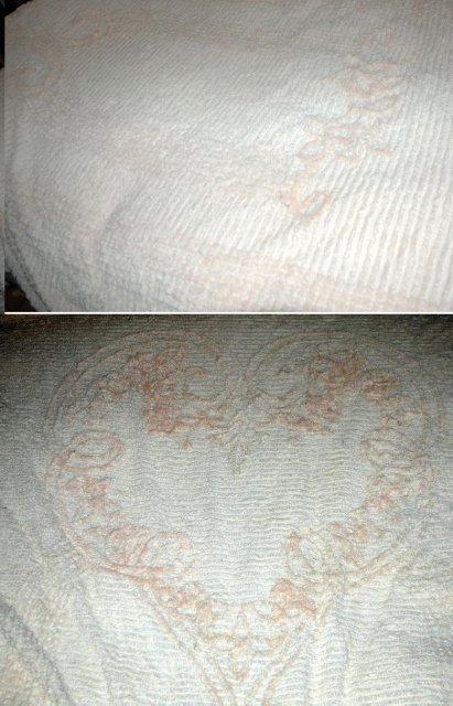 Vintage Pink   Heart Pattern Chenille Bedspread