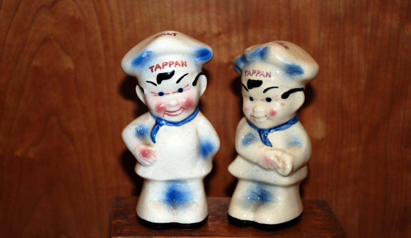 Tappan Little Chef Tappy Salt Pepper Shakers with black feet