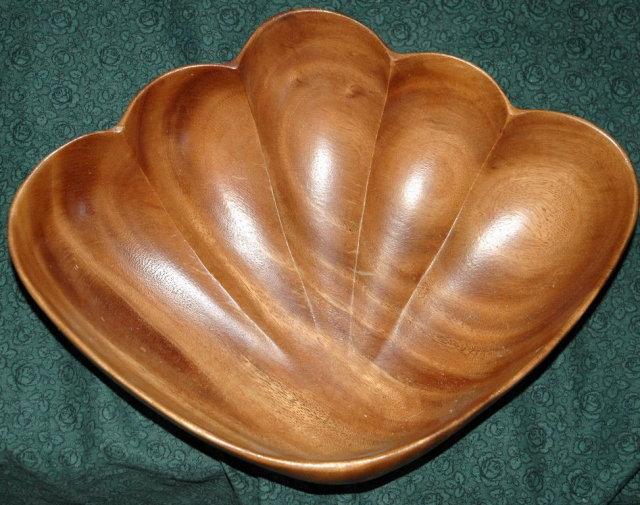 Large Hawaiian  Monkey Pod Wood Shell Bowl**PRICE REDUCTION! **