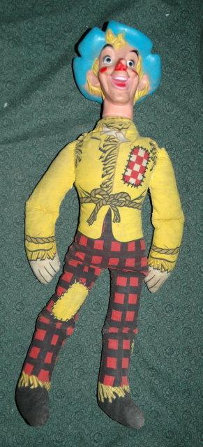 Vintage Wizard of Oz Scarecrow Doll 22