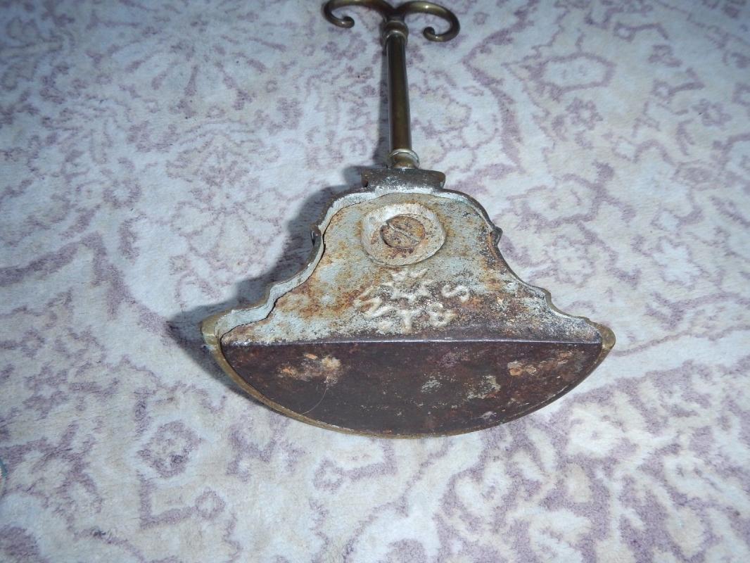 BRASS BELL SHAPED DOOR STOP  DOOR PORTER BY WILLIAM TONKS & SON