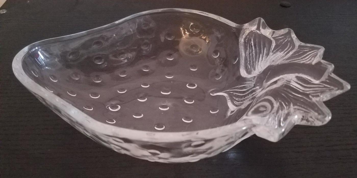 2  Matching Studio Nova Mikasa  Crystal-Clear Glass Strawberry Bowls